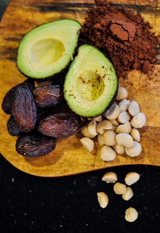 Thankfifi- Chocovocado tarts-1