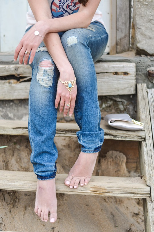 Thankfifi- 7 For All Mankind Tiwi jeans - distressed denim on Elie beach-7-2