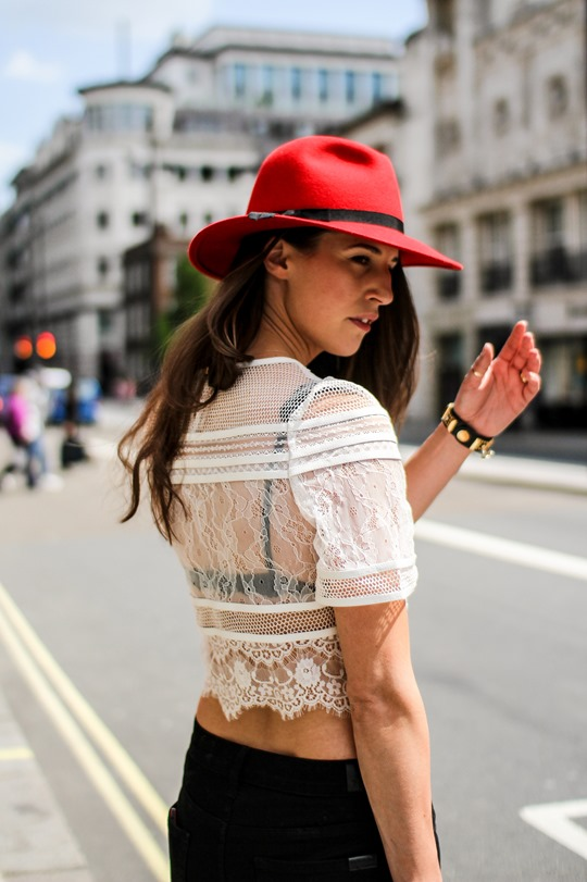 Thankfifi- A red fedora on the streets of London-15