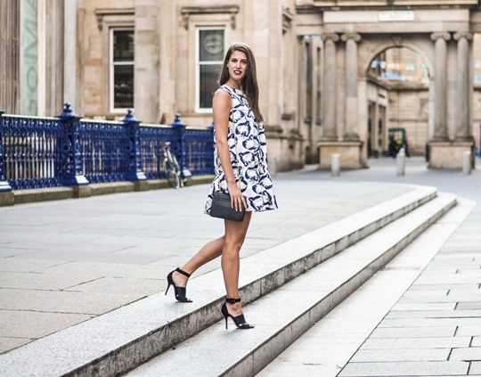Thankfifi- H&M Trend bubble dress, GOMA Glasgow - fashion blogger streetstyle-10-2