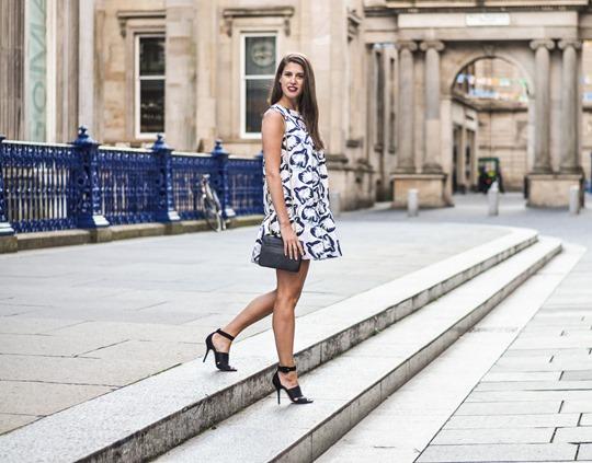 Thankfifi- H&M Trend bubble dress, GOMA Glasgow - fashion blogger streetstyle-10-2