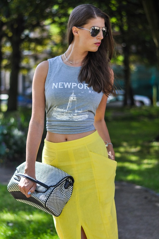 Thankfifi- Yellow front split pencil skirt streetstyle-4