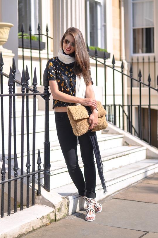 Thankfifi- DIY shearling clutch - fashion blogger streetstyle-2