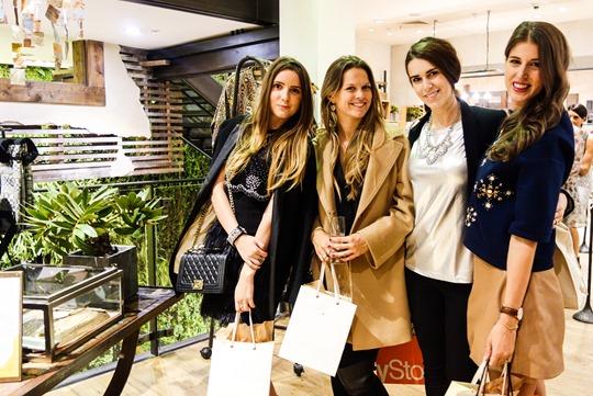 Thankfifi- Wendy & Nancy do Vogue's Fashion Night Out, Regent Street 2014-59