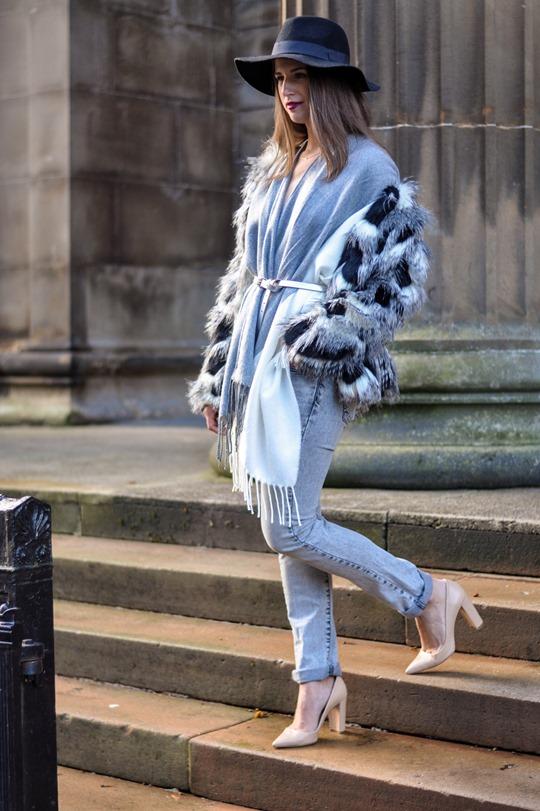 Thankfifi- Asos grey cream poncho cape 5 ways - fashion blogger style challenge-31
