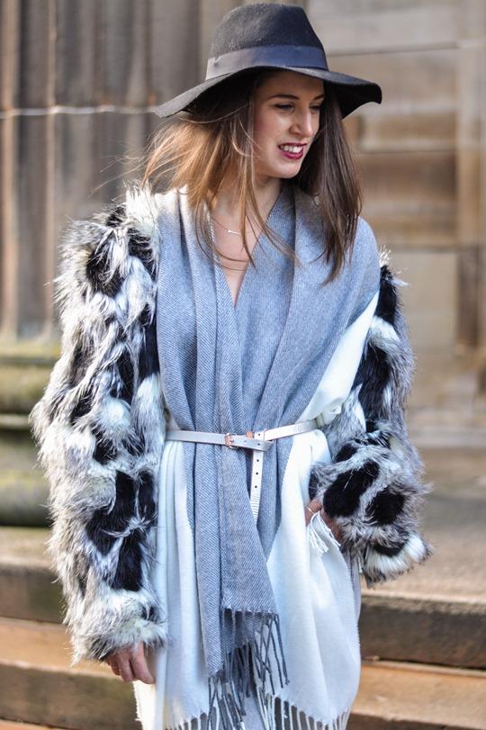 Thankfifi- Asos grey cream poncho cape 5 ways - fashion blogger style challenge-34