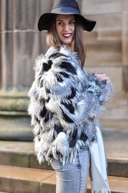 Thankfifi- Asos grey cream poncho cape 5 ways - fashion blogger style challenge-36