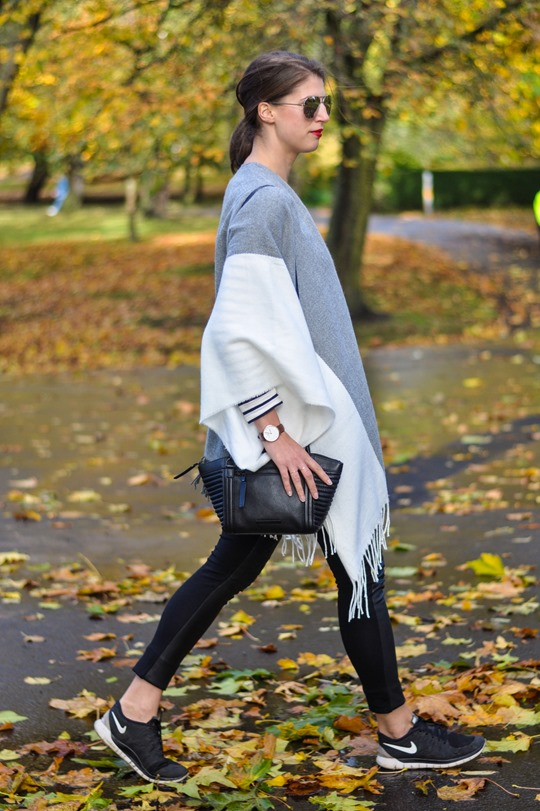 Thankfifi- Asos grey cream poncho cape 5 ways - fashion blogger style challenge-6