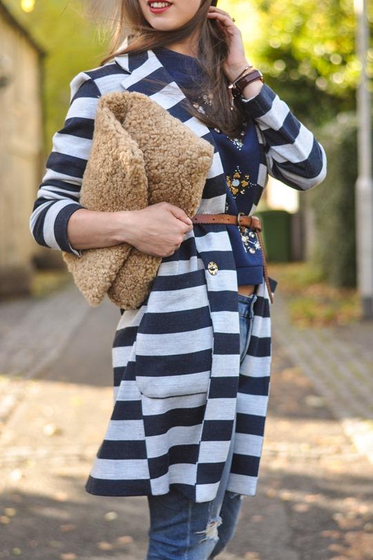 Thankfifi- H&M Trend sequin sweatshirt - fashion blogger streetstyle-14