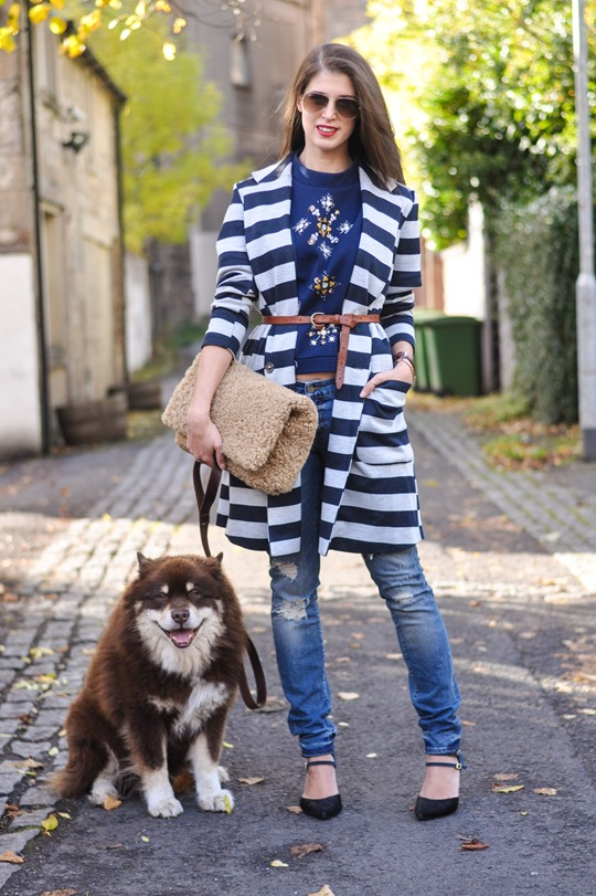 Thankfifi- H&M Trend sequin sweatshirt - fashion blogger streetstyle
