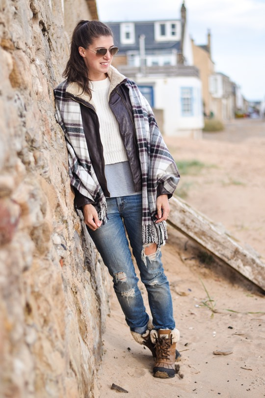 Thankfifi- On Elie beach - Ted Baker Furrly leather jacket & UGG Adirondack boots - fashion blogger streetstyle-4