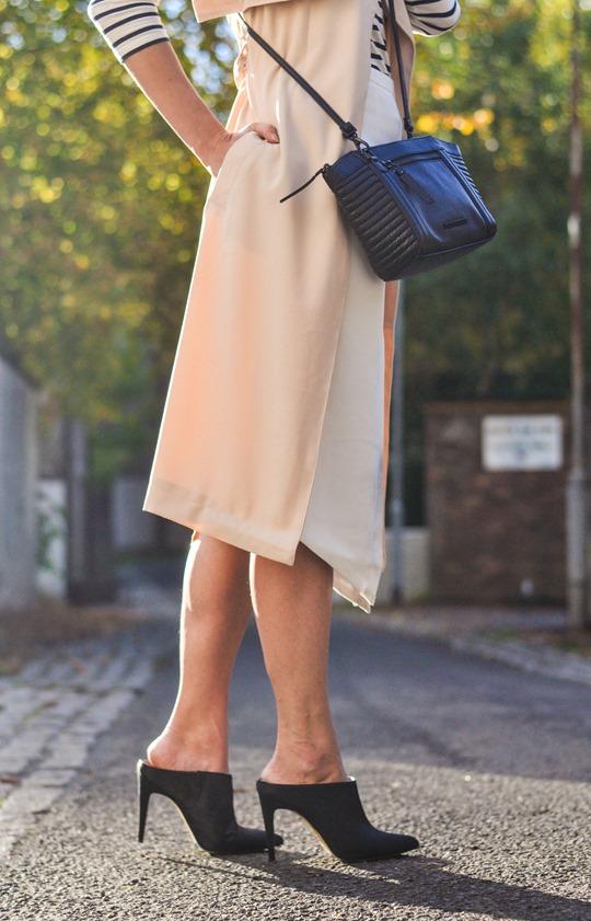 Thankfifi- sleeveless trench, breton top & ponyskin mules - fashion blogger streetstyle-13