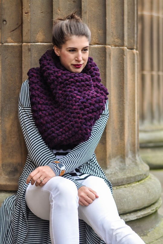 Thankfifi- Knit Knot Knit snood by Laura Muir-2