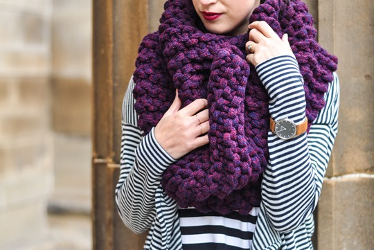 Thankfifi- Knit Knot Knit snood by Laura Muir-5