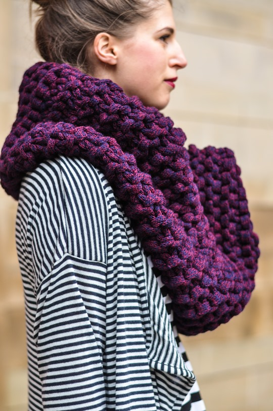 Thankfifi- Knit Knot Knit snood by Laura Muir-6