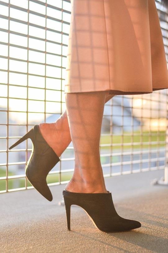 Thankfifi- MTV EMA style - fashion blogger streetstyle - Topshop satin culottes-10
