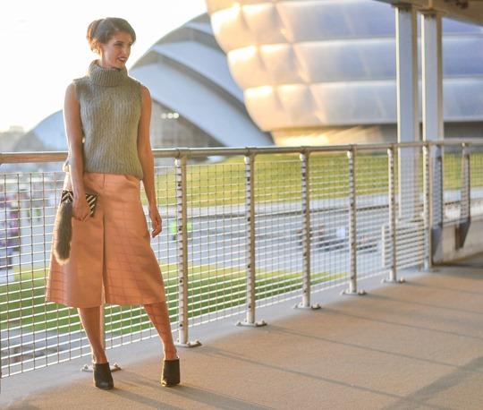 Thankfifi- MTV EMA style - fashion blogger streetstyle - Topshop satin culottes-8