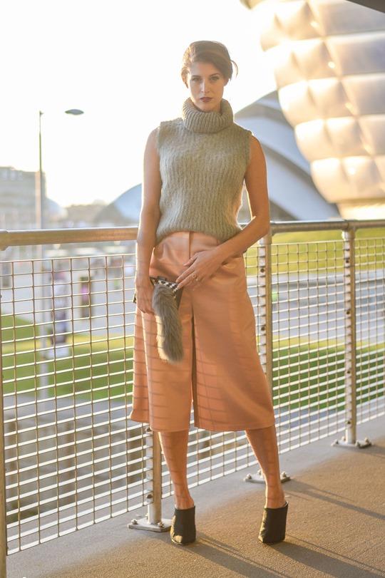 Thankfifi- MTV EMA style - fashion blogger streetstyle - Topshop satin culottes