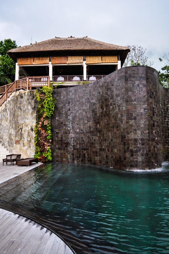 Thankfifi- Hanging Gardens bali pool-8