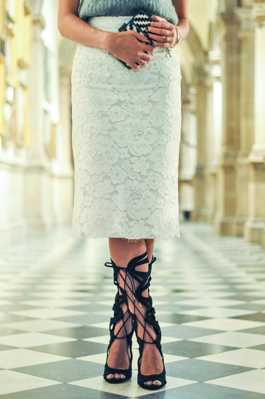 Thankfifi- Kurt Geiger Gylda Sandals - Carvela party shoes - fashion blogger street style-19