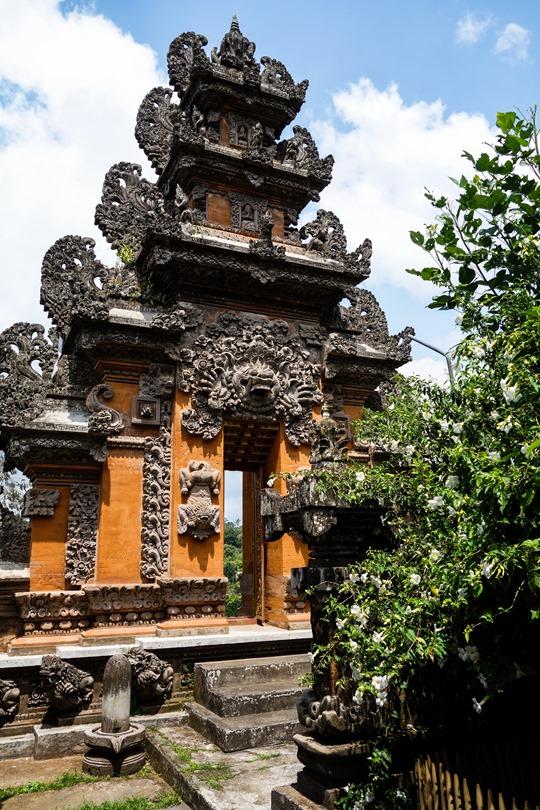 Thankfifi- Padmasana Temple, Hanging Gardens, Ubud, Bali-5