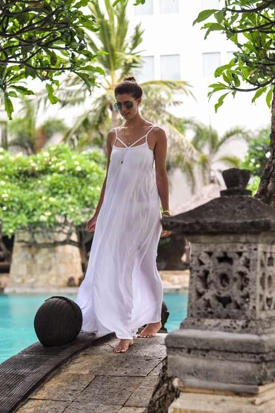 Thankfifi- The Royal Beach, Seminyak, Bali review - beach front hotel-20