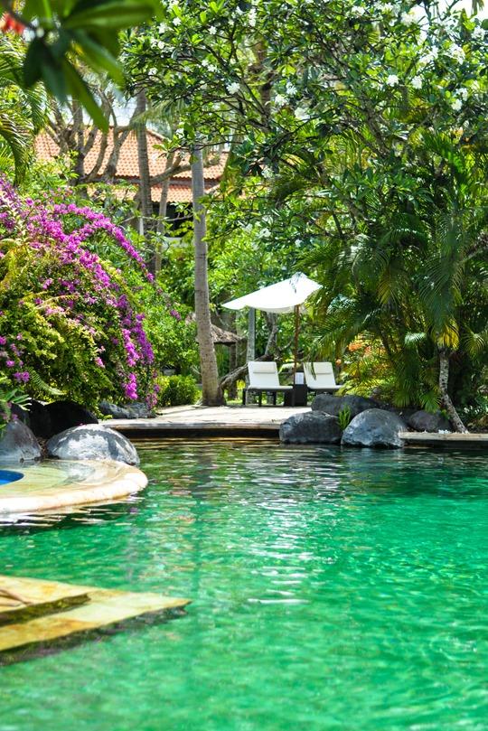Thankfifi- The Royal Beach, Seminyak, Bali review - beach front hotel-5