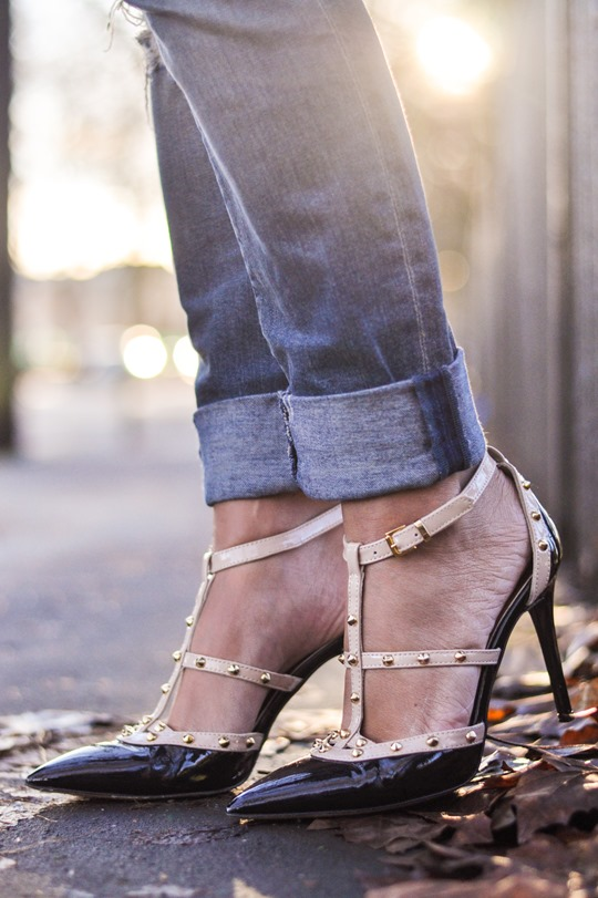 Thankfifi- Topshop Delpozo tartan cape lookalike & Daniel Tiff court shoes-12