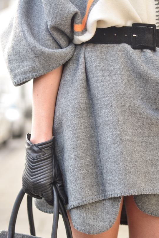 Thankfifi- Refashion - styling a cape as a dress-10