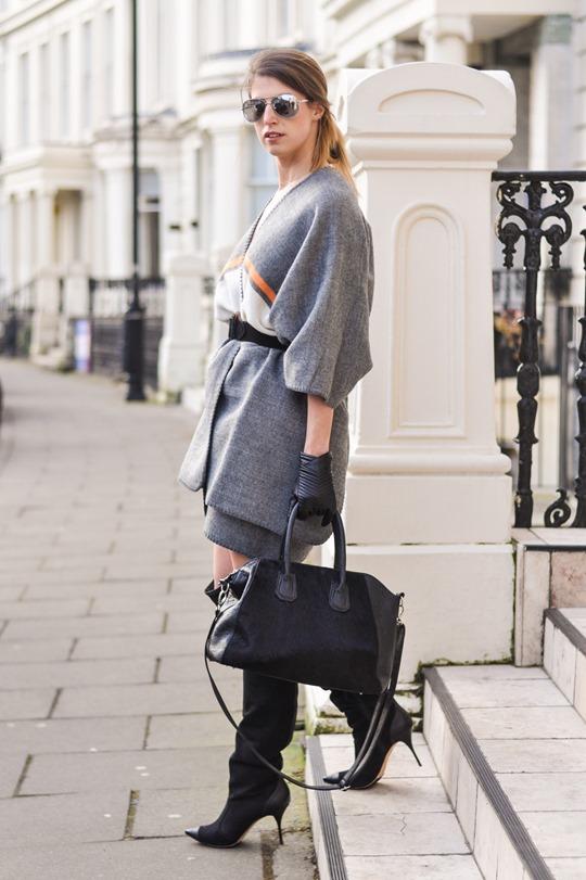 Thankfifi- Refashion - styling a cape as a dress-5
