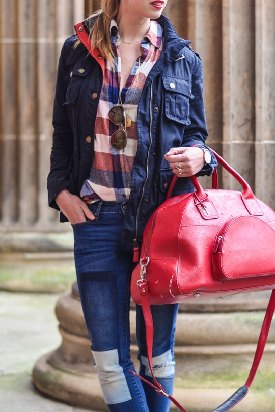 Thankfifi- Weekend mini break style in Boden wax jacket red leather weekend bag-4b