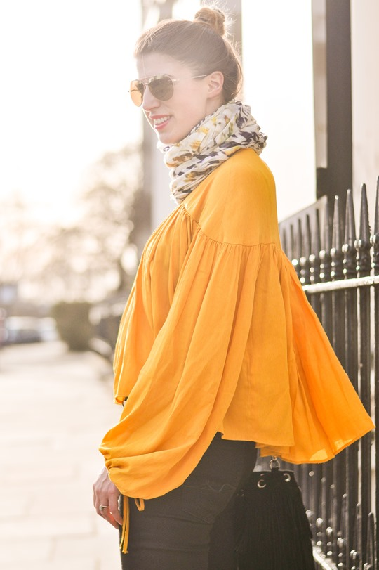 Thankfifi- 70s streetstyle in 7 For All Mankind flares & H&M Trend yellow boho blouse-2