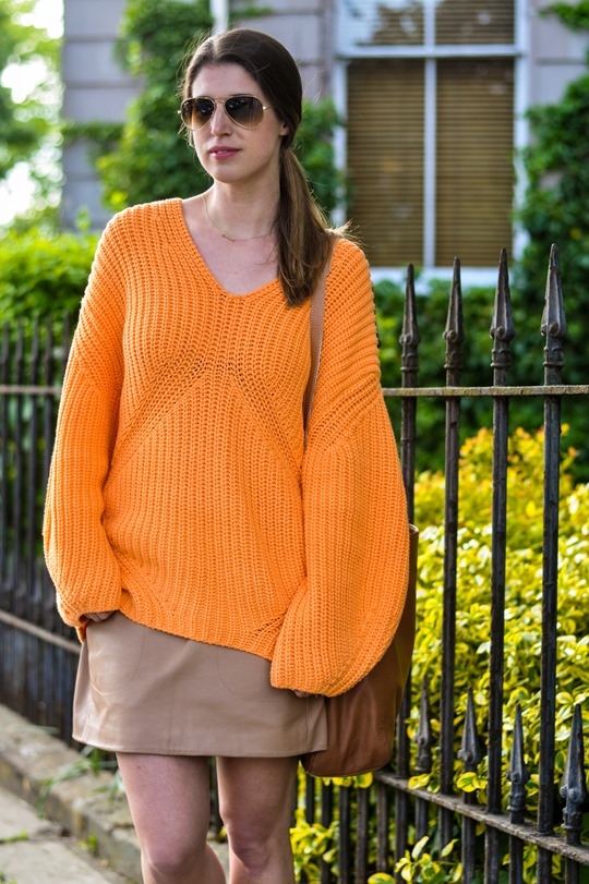 Thankfifi- H&M Trend oversize orange jumper-10