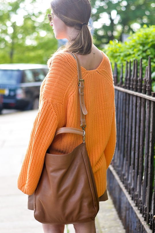 Thankfifi- H&M Trend oversize orange jumper-7