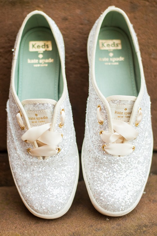 keds wedding shoes kate spade keds glitter giveaway thankfifi 5303