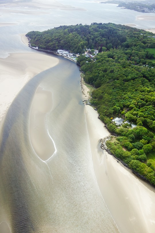 Thankfifi- Portmeirion helicopter ride with Ted Baker-3