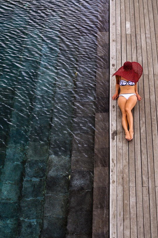 Thankfifi- Triangl Milly White bikini - Hanging Gardens infinity pools, Ubud, Bali