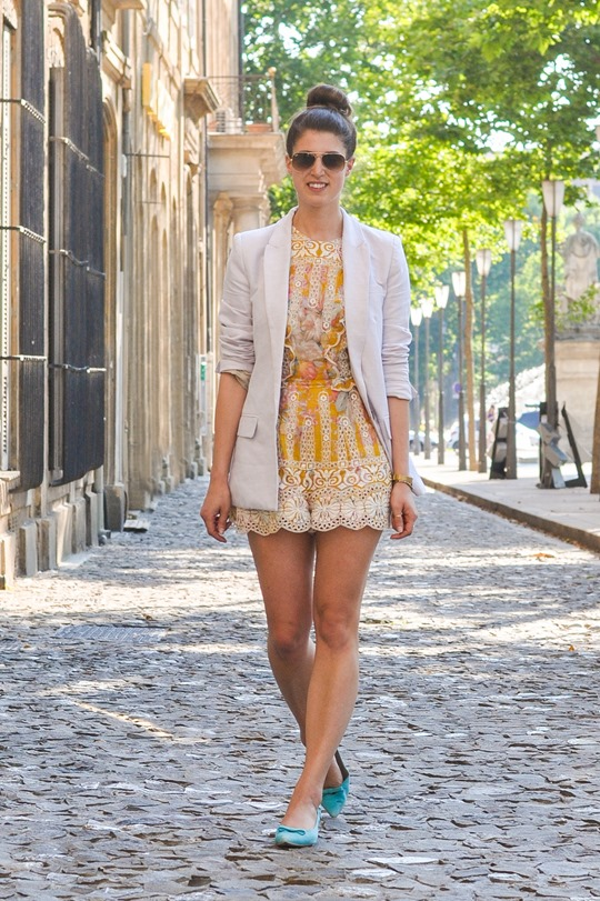 Thankfifi--Zimmermann-scallop-lace-playsuit-in-Aix-en-Provence-13