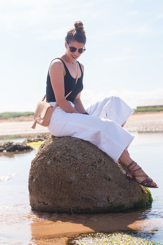 Thankfifi- J.Crew Raynor white culottes jeans on beautiful Elie beach, Scotland-5