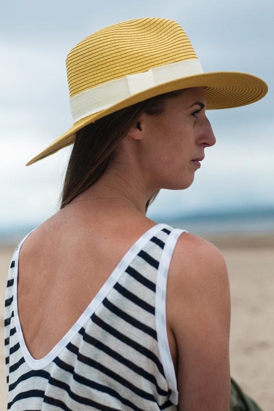 Thankfifi- Troon beach, Scotland - T by Alexander Wang stripe tank & Reiss yellow fedora-2