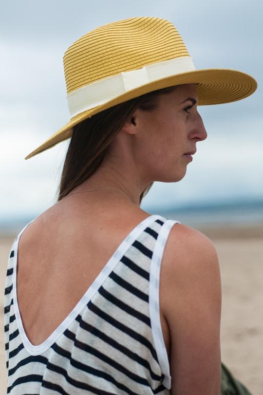 Thankfifi- Troon beach, Scotland - T by Alexander Wang stripe tank & Reiss yellow fedora-2