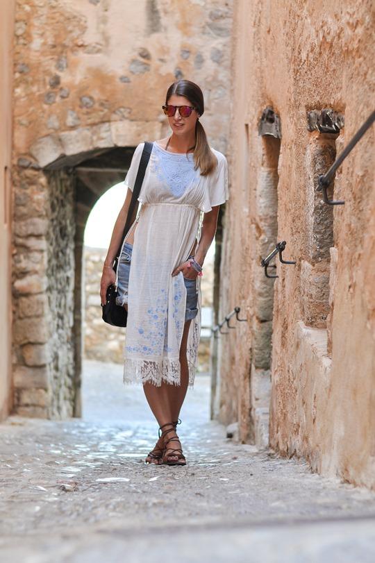 Thankfifi- Free People Sugar lace top, Ibiza old town-6