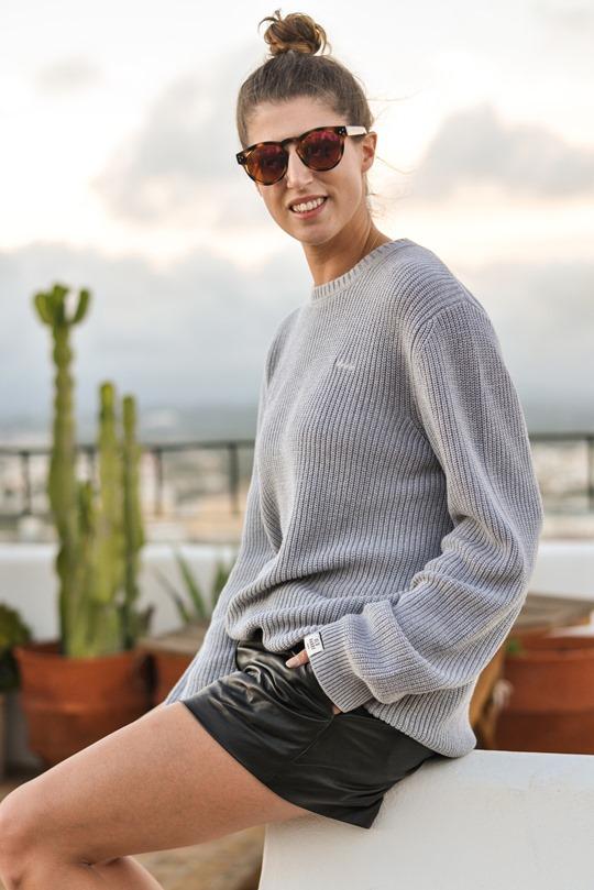 Thankfifi- Old Harry knitwear