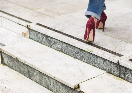 American Eagle ripped boyfriend jeans - winter layers by Thankfifi, a Scottish fashion blog-15