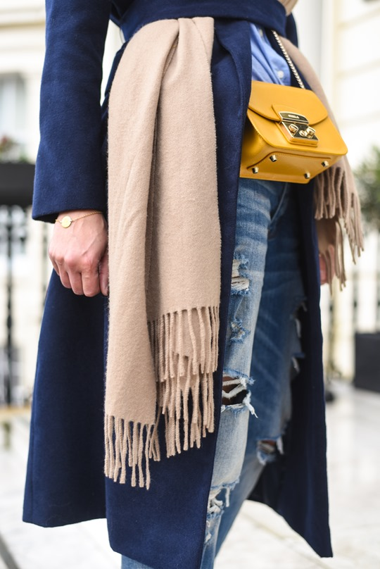 American Eagle ripped boyfriend jeans - winter layers by Thankfifi, a Scottish fashion blog-7