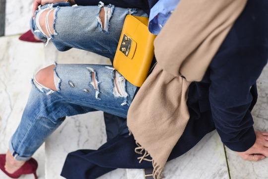 American Eagle ripped boyfriend jeans - winter layers by Thankfifi, a Scottish fashion blog-8