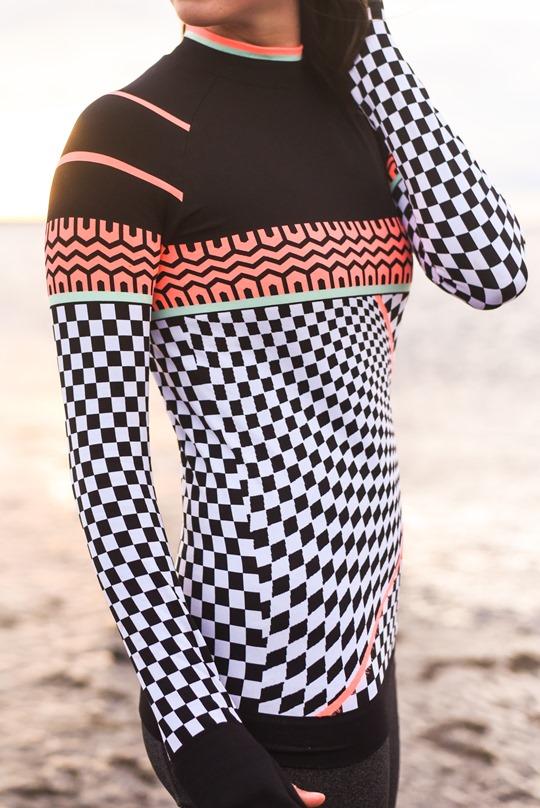Thankfifi - Beach running in Sweaty Betty base layers, Troon beach-5