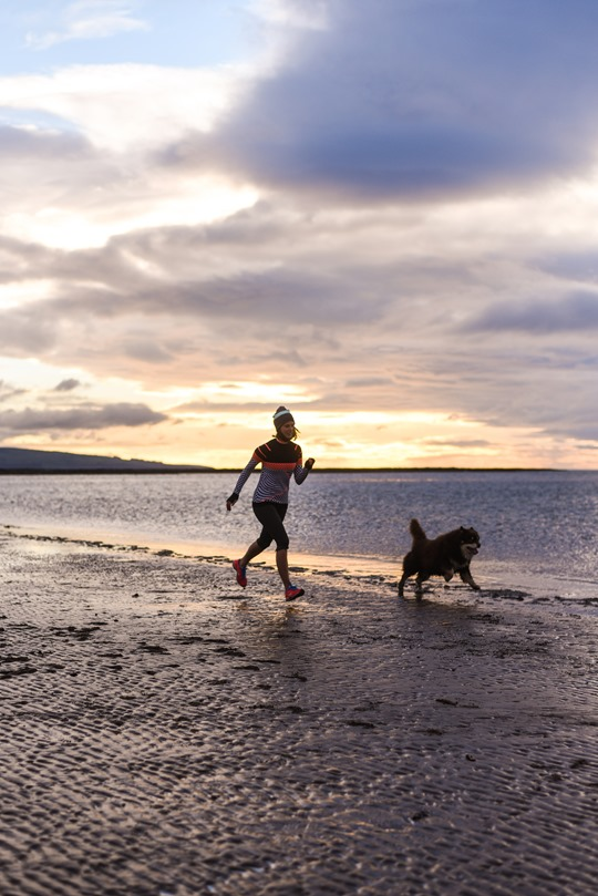 Thankfifi - Beach running in Sweaty Betty base layers, Troon beach-9