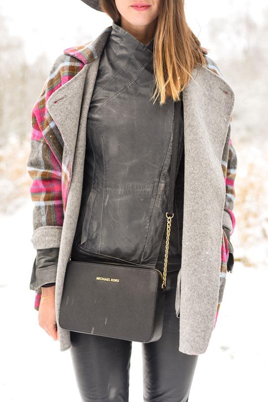 Thankfifi- Boden Zoe coat & Michael Kors Jet Set black bag, Mugdock country park-5