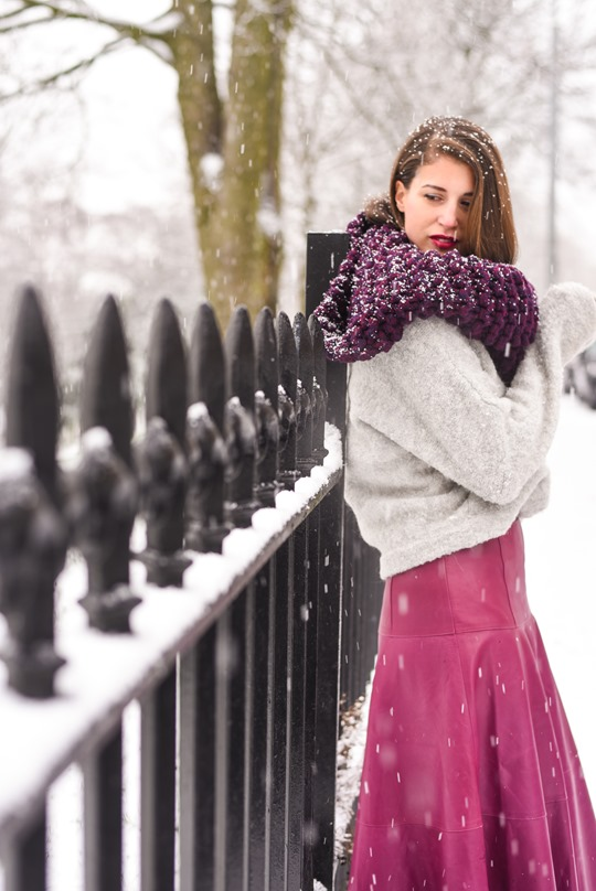 Thankfifi- LK Bennett Delfine leather midi skirt & Knit Knot Knit snood-6
